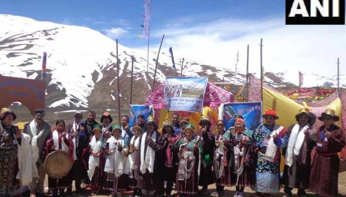 15,256 फुट ऊंचाई पर स्थित है दुनिया का सबसे ऊंचे मतदान केंद्र, दो घंटे में हुआ 53% मतदान