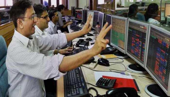 Exit Polls के बाद शेयर बाजार ने रचा इतिहास, सेंसेक्स में 10 साल की सबसे बड़ी तेजी