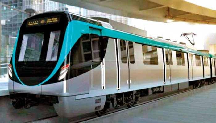 येलो लाइन के बाद रुकी एक्वा लाइन मेट्रो, एक घंटे तक यात्री रहे परेशान, ये थी वजह