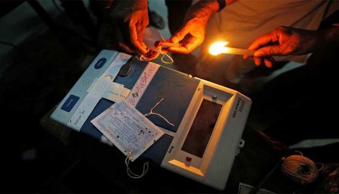 कांग्रेस ने कहा, 'BJP के लिए 'इलेक्ट्रॉनिक विक्ट्री मशीन' बन गई है EVM'