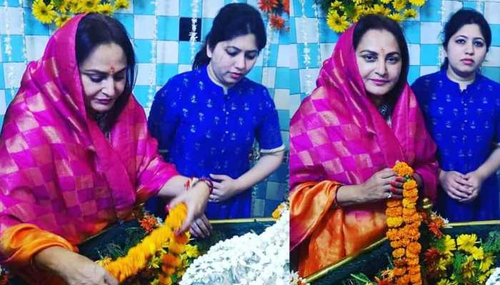VIRAL PICS: These pictures of Jaya Prada viral on social media