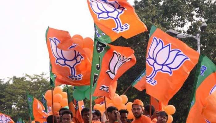 UP : लोकसभा 2019 की मोदी लहर में मनोज सिन्हा को छोड़कर बाकी सभी केन्द्रीय मंत्री जीते