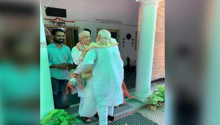 आडवाणी-जोशी का PM मोदी ने लिया आशीर्वाद, मुरली मनोहर बोले- 'जो पेड़ लगाया था, फलदायी हो गया'