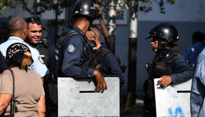 वेनेजुएला की जेल में सुरक्षाकर्मियों से झड़प में 23 कैदियों की मौत