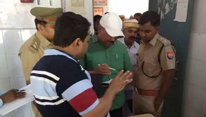 बाराबंकी मामला: CM योगी के निर्देश पर प्रमुख सचिव आबकारी को सौंपी गई जांच, अब तक 12 पर गिरी गाज