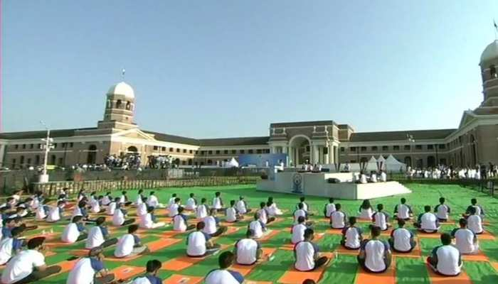 अंतरराष्ट्रीय योग दिवस की तैयारियों में जुटा दुबई, खास होगा 21 जून को होने वाला कार्यक्रम
