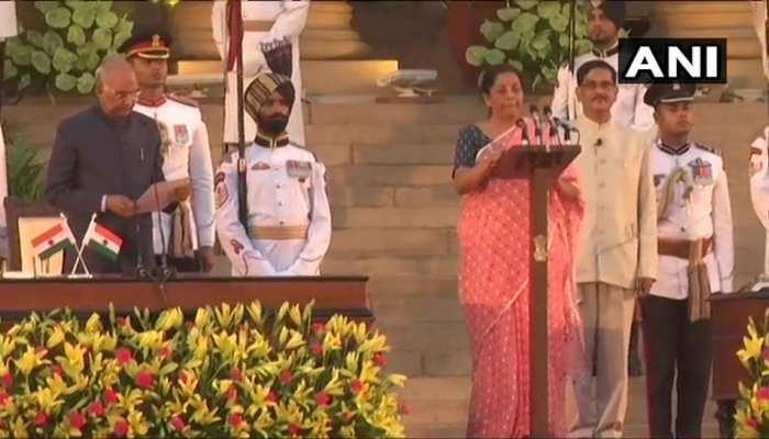 ससुराल कांग्रेसी, JNU से की पढ़ाई लेकिन निर्मला सीतारमण ने थामा BJP का हाथ