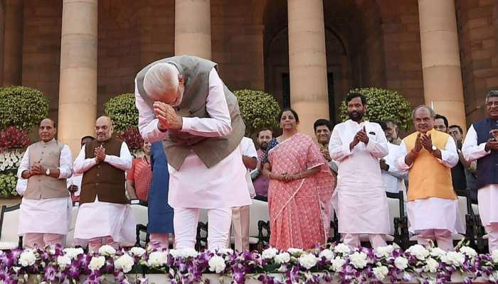 PM मोदी के नए मंत्रिमंडल में यूपी ने मारी बाजी, 10 चेहरे बने मंत्री
