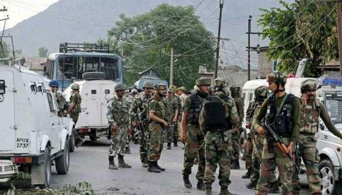 जम्मू-कश्मीर: शोपियां में सुरक्षाबलों के साथ हुई मुठभेड़ में 3 आतंकी हुए ढेर