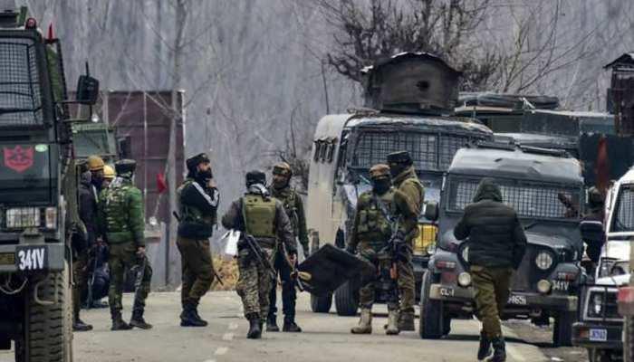 जम्मू-कश्मीरः पुलवामा और शोपियां में मुठभेड़ में 4 आतंकी ढेर, एक पाकिस्तानी