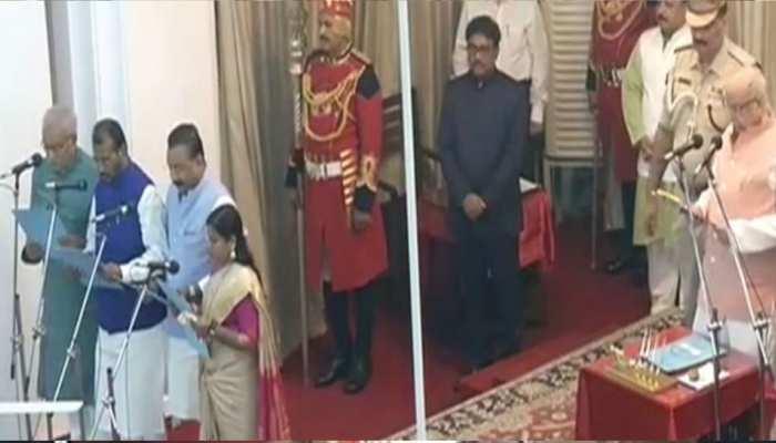 पटना: नीतीश कुमार ने किया मंत्रिमंडल का विस्तार, बीजेपी से नहीं मिली किसी को जगह