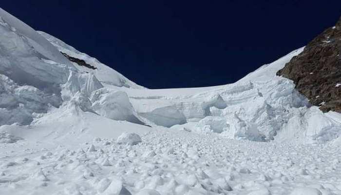 उत्तराखंड के नंदा देवी पर्वत में 8 विदेशी पर्वतारोही लापता, सर्च ऑपरेशन आज से शुरू