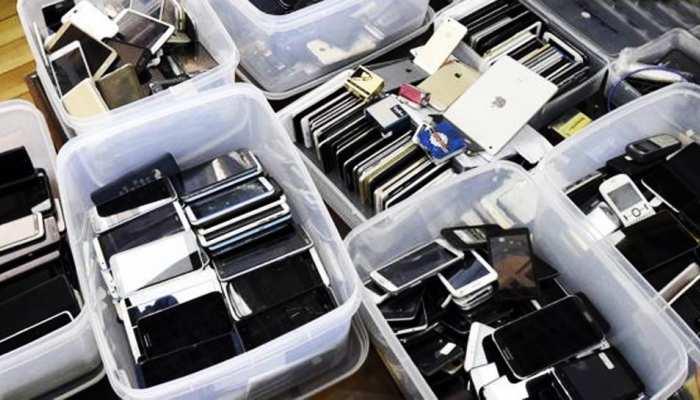 मोबाइल स्नैचर्स की 'बदमाश कंपनी', 2 साल में 10 हजार से ज्यादा फोन चुराकर नेपाल भेजे
