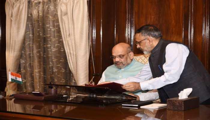 गृह मंत्री अमित शाह की अध्यक्षता में बड़ी बैठक जारी, आंतरिक सुरक्षा और कश्मीर मुद्दे पर चर्चा