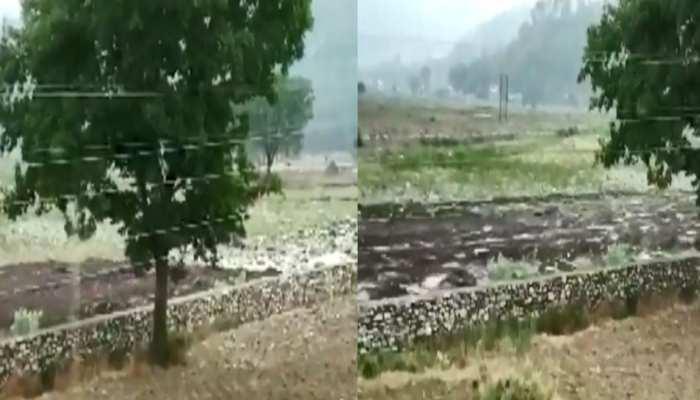 उत्तराखण्ड: बादल फटने से चमोली, अल्मोड़ा जिलों में तबाही, प्रशासन का अलर्ट जारी