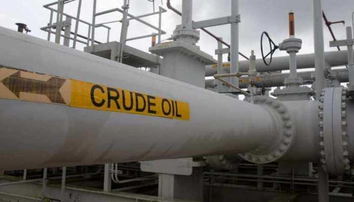 कमजोर वैश्विक संकेतों का दिखा असर, कच्चा तेल की वायदा कीमत 2.28 फीसदी घटी