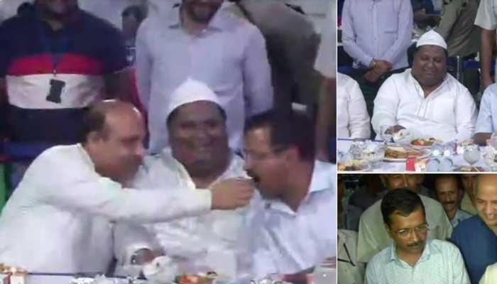 इफ्तार पार्टी में अपने धुरविरोधी केजरीवाल का मुंह मीठा कराया बीजेपी नेता विजेंदर गुप्ता ने, कही ये बड़ी बात