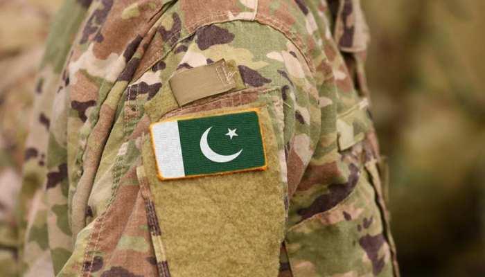 पाकिस्तान : सड़क किनारे लगे बम की चपेट में आया सेना का वाहन, 3 अफसरों सहित 4 की मौत