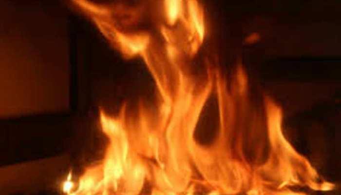 सूरत कांड से नहीं लिया सबक, काशीपुर में कोचिंग इंस्टीट्यूट में लगी आग, लाखों का सामान जलकर राख