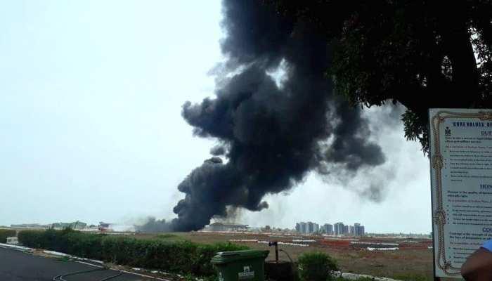 नौसेना के मिग 29K विमान से ड्रॉप टैंक गिरने से गोवा एयरपोर्ट पर लगी आग, उड़ानें बंद