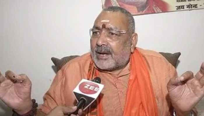 गिरिराज सिंह ने साधा ममता बनर्जी पर निशाना, कहा- 'वो और उनकी सरकार हिंसक हो गई है'
