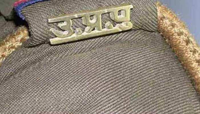 गोरखपुर के लोगों अलीगढ़ की बच्ची के हत्यारोपियों को फांसी देने की मांग की