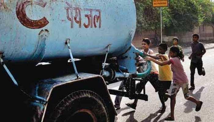 जयपुर: जिला प्रशासन ने निजी टैंकरों पर कसा शिकंजा, पानी के लिए न्यूनतम दर की तय