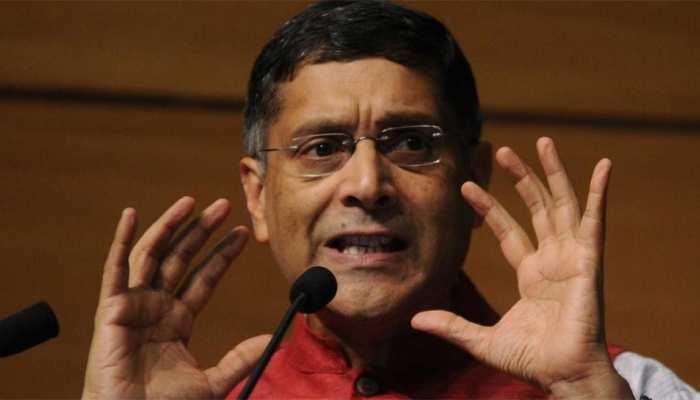 LIVE Updates: पूर्व मुख्य आर्थिक सलाहकार अरविंद सुब्रमण्यम ने GDP रेट पर उठाए सवाल, सरकार ने खारिज किया