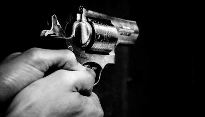 12 साल के बेटे की पापा ने कर दी पिटाई, तो गुस्साएं बेटे ने निकाला तमंचा और मार दी गोली