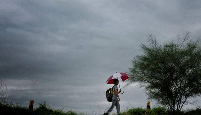 चूरू: प्रचंड गर्मी से था हाल बेहाल, लगातार हो रही रिमझिम बारिश, मिली राहत