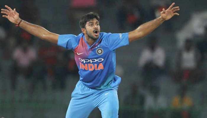 विजय शंकर ने विकेट लेकर बनाया वो रिकॉर्ड, जो वर्ल्ड कप में पहले किसी भारतीय ने नहीं बनाया