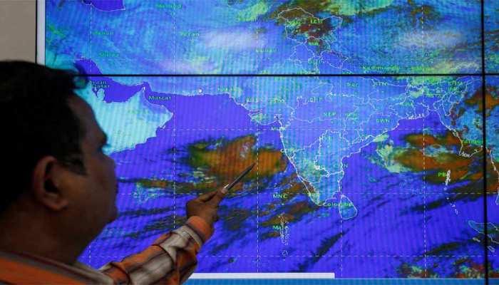 मौसम विभाग का दावा, 'गुजरात तट की ओर मुड़ने से पहले कमजोर हो जाएगा चक्रवात वायु'