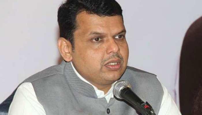 महाराष्ट्र सरकार के खिलाफ मॉनसून सत्र से पहले विपक्षी विधायकों ने किया प्रदर्शन