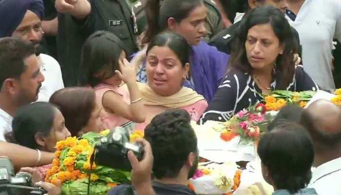 शहीद मेजर केतन शर्मा को नम आंखों से आखिरी विदाई