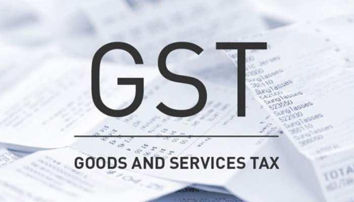 आने वाले समय में सस्ते हों सकते हैं इलेक्ट्रिक व्हीकल, GST दर घटा सकती है सरकार