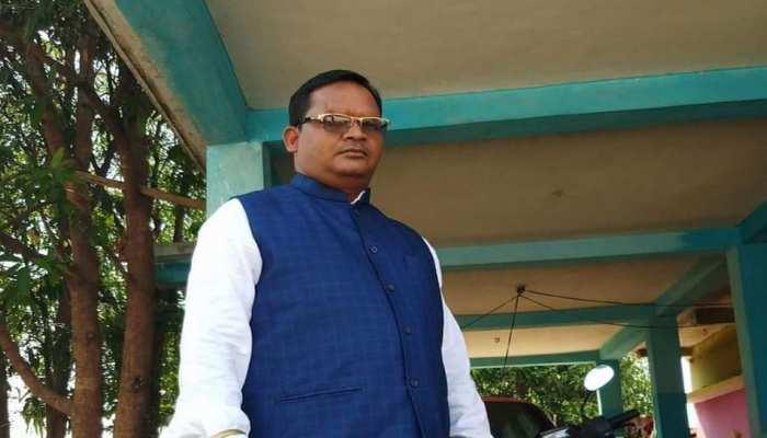छत्तीसगढ़: नक्सलियों ने सपा नेता को घर से किया अगवा, हत्या कर शव सड़क पर फेंका