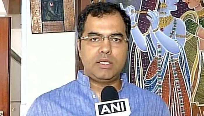 'सरकारी जमीन पर तेजी से बढ़ रही मस्जिदों को नजरअंदाज कर रही हैं AAP और कांग्रेस'