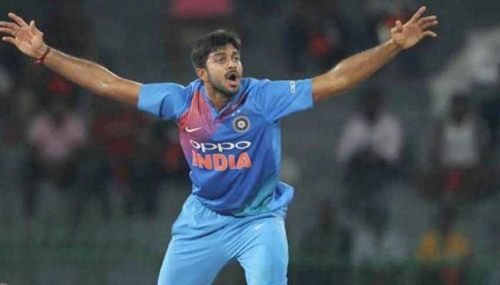 अब विजय शंकर के पैर के अंगूठे में गेंद लगी, ट्रेनिंग सत्र छोड़ना पड़ा