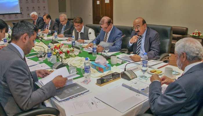 भारत से हार के बाद पाकिस्तान में एक और बवाल, बोर्ड कमेटी से मोहसिन खान का इस्तीफा