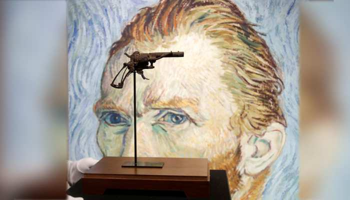 Paris: Vincent van Gogh suicide gun sold at auction