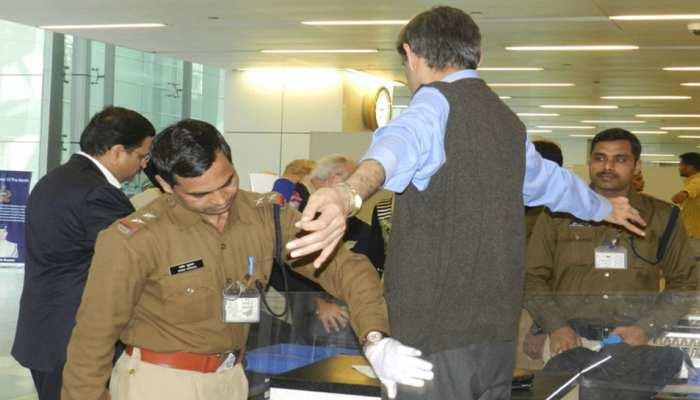 एयरपोर्ट: 'बेहिसाब' विदेशी मुद्रा को दुबई ले जाने की थी साजिश, CISF ने किया नाकाम