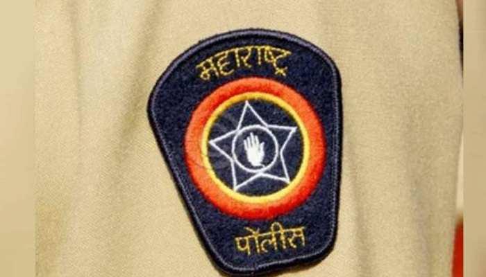 महाराष्ट्र पुलिस ने जुआ घर में मारा छापा, आठ लोग हुए गिरफ्तार