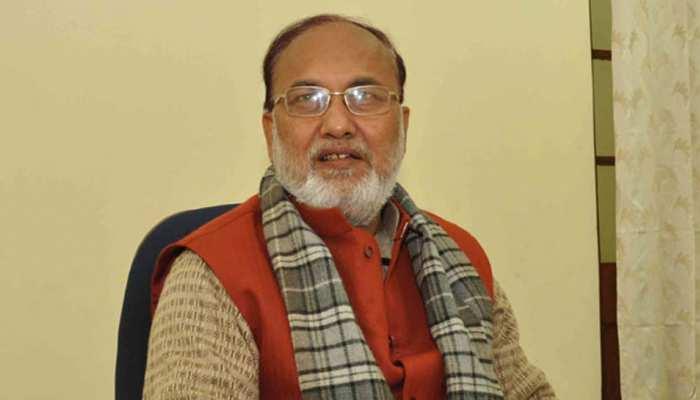 नीतीश सरकार के इस्तीफे को लेकर दो भागों में बंटी RJD, सिद्दिकी ने इस्तीफा मांगने से किया इंकार