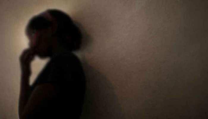 मानसिक विक्षिप्त नाबालिग से दुष्कर्म, थाने में रिपोर्ट दर्ज कराने घंटों बैठी रही पीड़िता की मां
