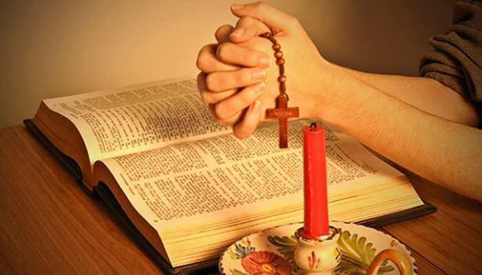 अमेरिका में महंगी होगी धार्मिक किताब 'बाइबल', चीन है इसकी वजह!