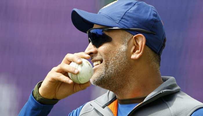 World Cup 2019: गेंदबाजी कोच ने क्यों कहा, धोनी की बल्लेबाजी को लेकर किसी तरह की चिंता नहीं