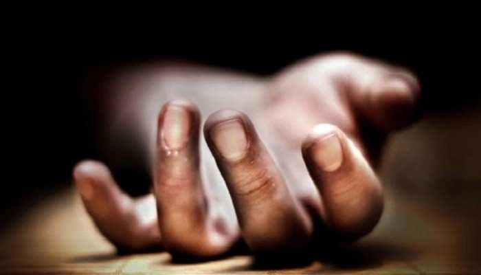 मुंगेर : युवक की हत्या कर शव को दरवाजे पर फेंका, जांच में जुटी पुलिस