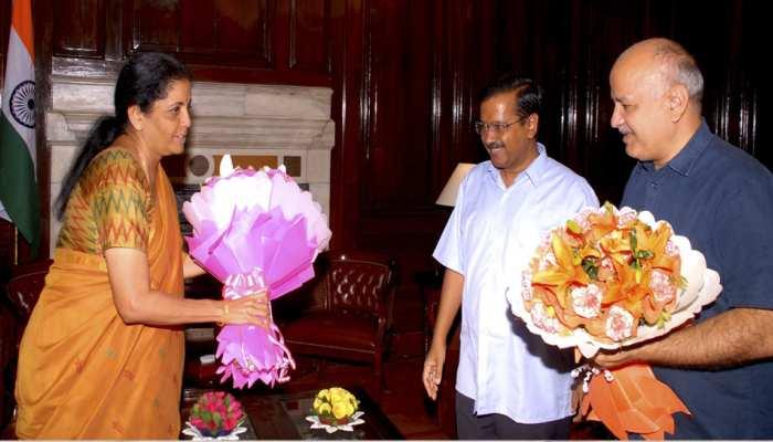 वित्तमंत्री निर्मला सीतारमन से मिलने पहुंचे सीएम केजरीवाल, इन मुद्दों पर हुई बात