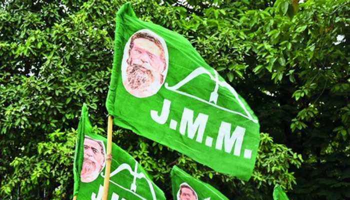 JMM नेता ने पोस्ट की देवी दुर्गा की आपत्तिजनक तस्वीर, पुलिस ने किया गिरफ्तार