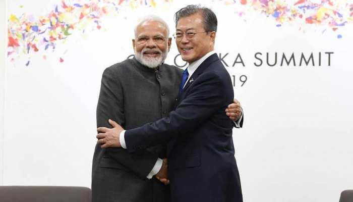 प्रधानमंत्री नरेन्द्र मोदी ने दक्षिण कोरिया के राष्ट्रपति मून जे इन से मुलाकात की